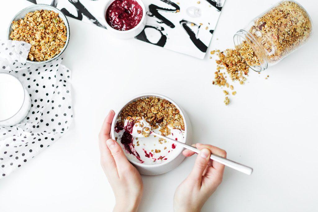 yogurt-fiber-nuts